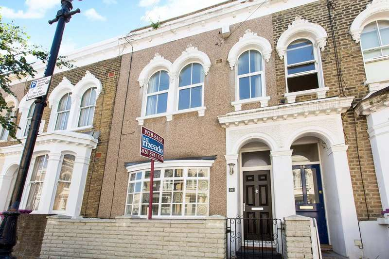 3 Bedrooms Terraced House for sale in Strahan Road, E3
