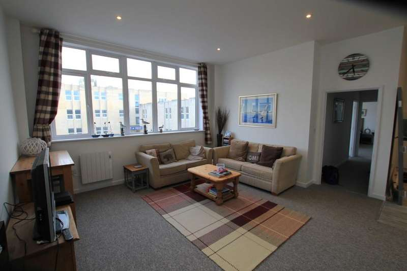 2 Bedrooms Flat for sale in The lookout, 10 Espionage Place
