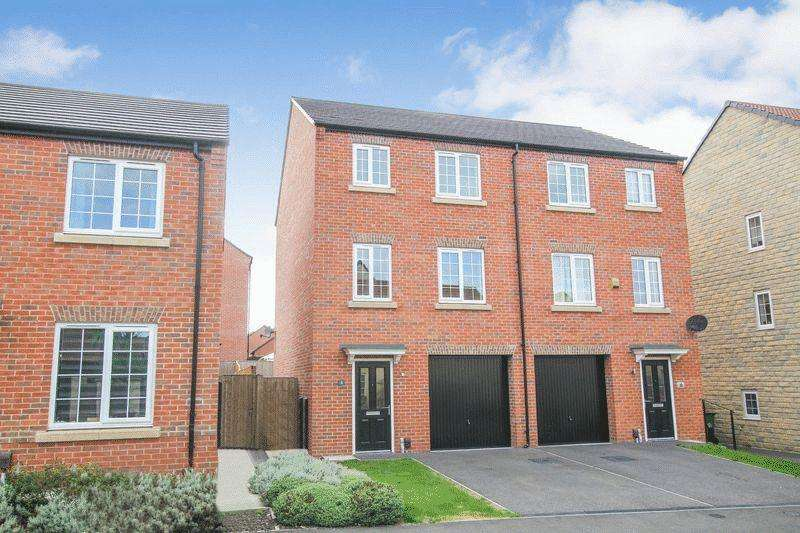 4 Bedrooms Semi Detached House for sale in Weavers Way, South Normanton