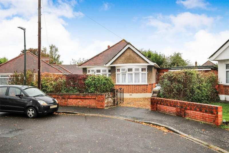 3 Bedrooms Detached Bungalow for sale in Romney Close, BOURNEMOUTH, Dorset