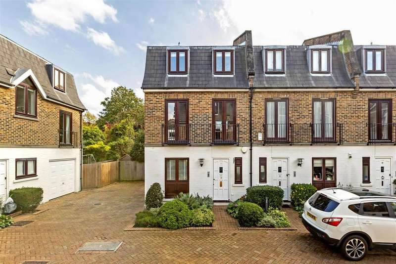 3 Bedrooms Town House for sale in Parkland Gardens, London