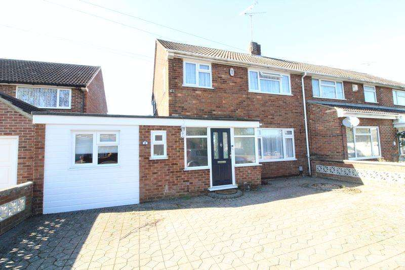 3 Bedrooms Semi Detached House for sale in EXTENDED FAMILY HOME IN Pinewood Close, Luton