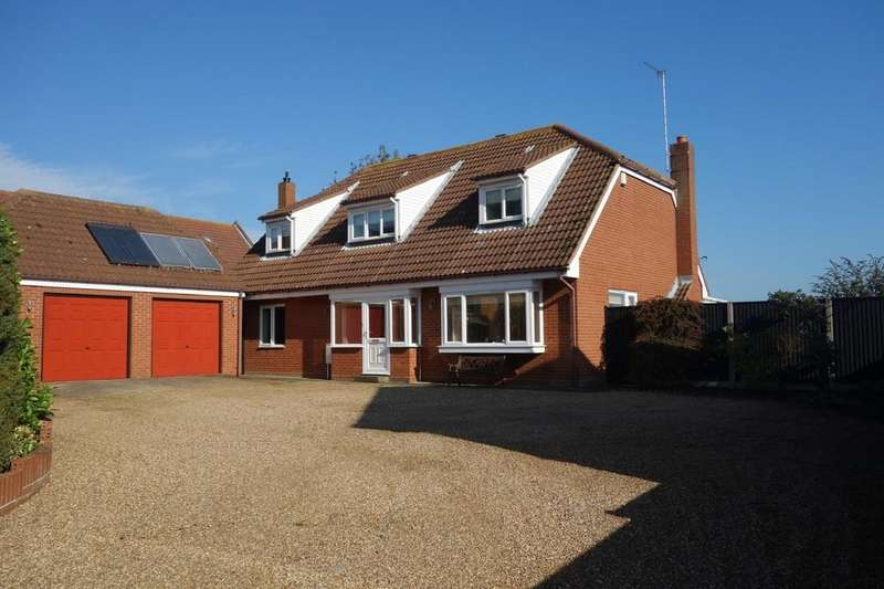 4 Bedrooms Detached House for sale in Market Lane, Blundeston