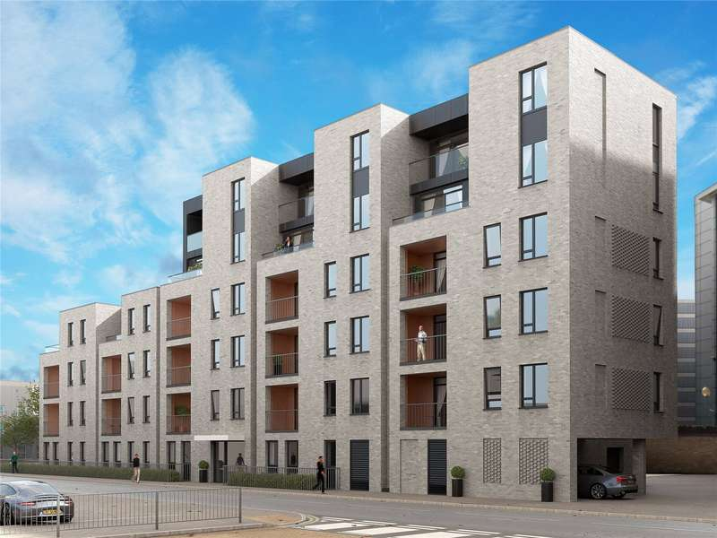 2 Bedrooms Flat for sale in Woodford Road, Watford, Hertfordshire, WD17