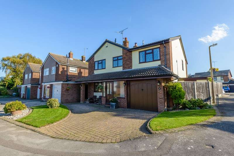 4 Bedrooms Detached House for sale in Village Setting, Great Wakering