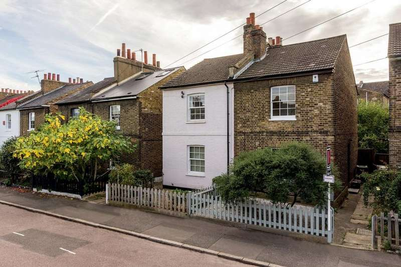 2 Bedrooms Semi Detached House for sale in Archbishop's Place, London, London SW2
