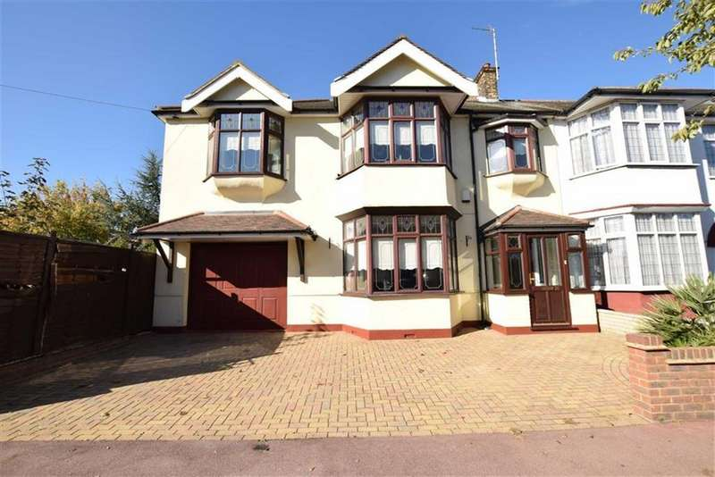 5 Bedrooms End Of Terrace House for sale in Sandringham Road, Barking, Essex