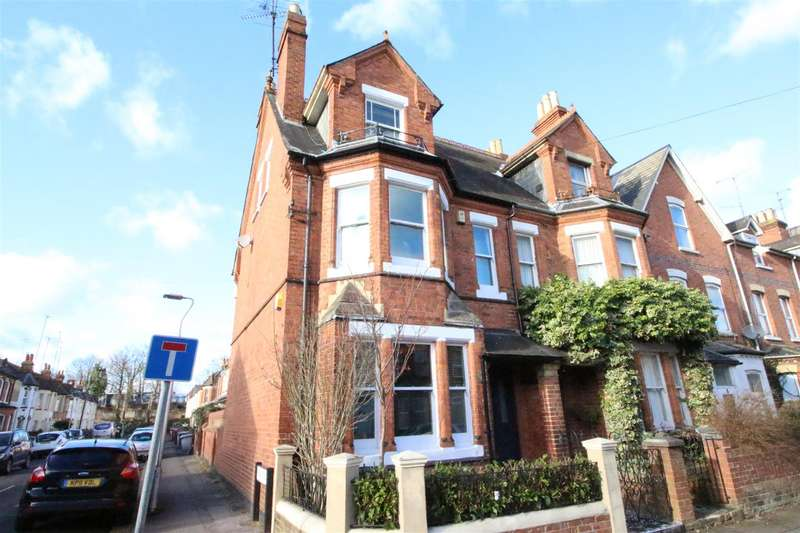 4 Bedrooms End Of Terrace House for sale in Argyle Street, Reading