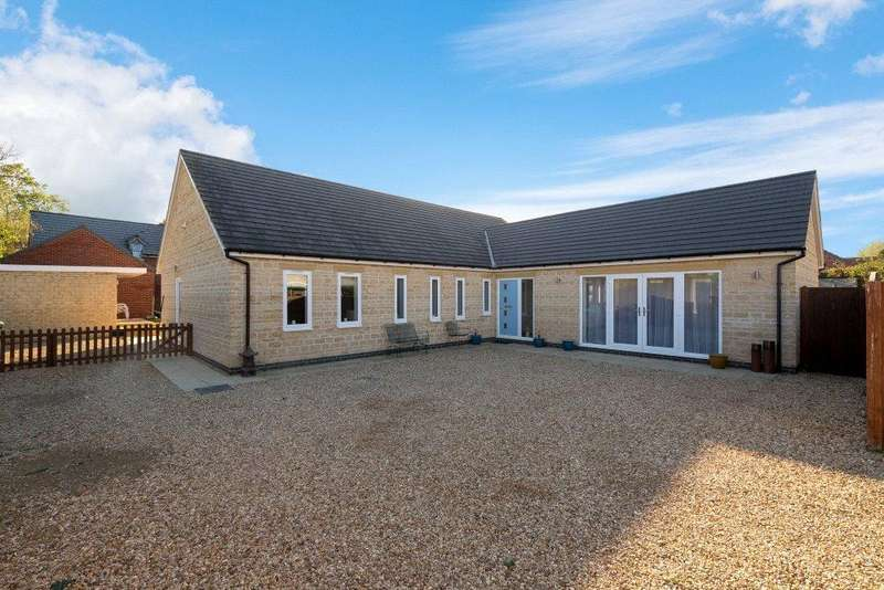 3 Bedrooms Detached Bungalow for sale in Ford Lane, Morton, Bourne, PE10