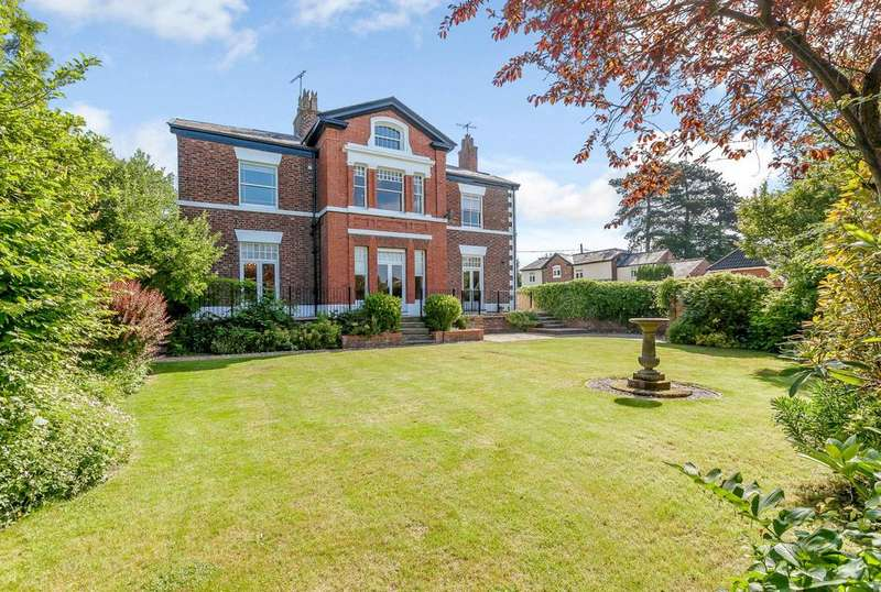 4 Bedrooms Detached House for sale in Upton, Chester, Cheshire