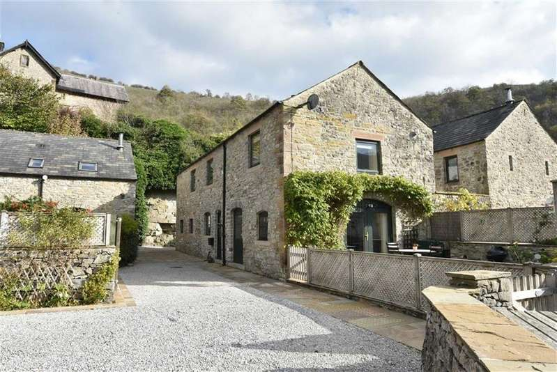 3 Bedrooms Detached House for sale in Wye Barn, 2 The Barns, Cressbrook, Buxton, Derbyshire, SK17