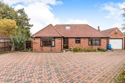 3 Bedrooms Bungalow for sale in Wilkes Street, West Bromwich, West Midlands, .