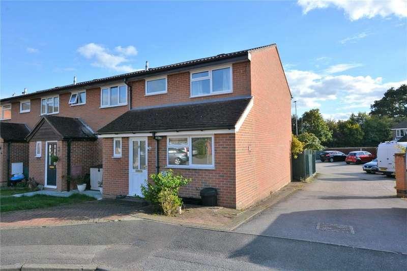 3 Bedrooms End Of Terrace House for sale in Fleet Close, Wokingham, Berkshire, RG41