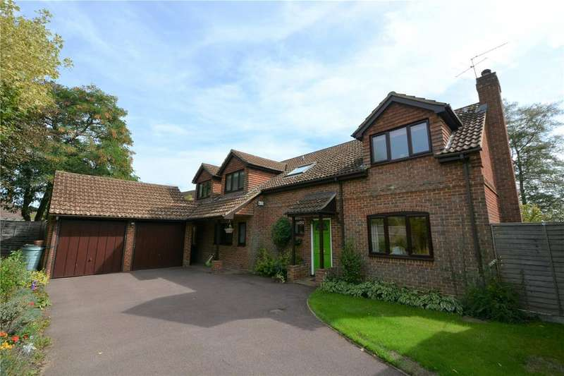 5 Bedrooms Detached House for sale in Southwood, Wokingham, Berkshire, RG40