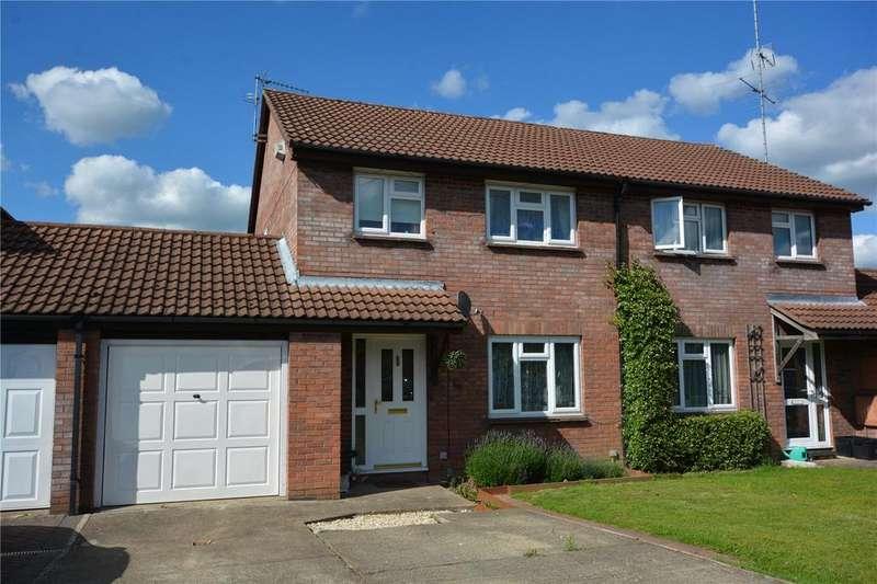 3 Bedrooms Semi Detached House for sale in Northway, Wokingham, Berkshire, RG41