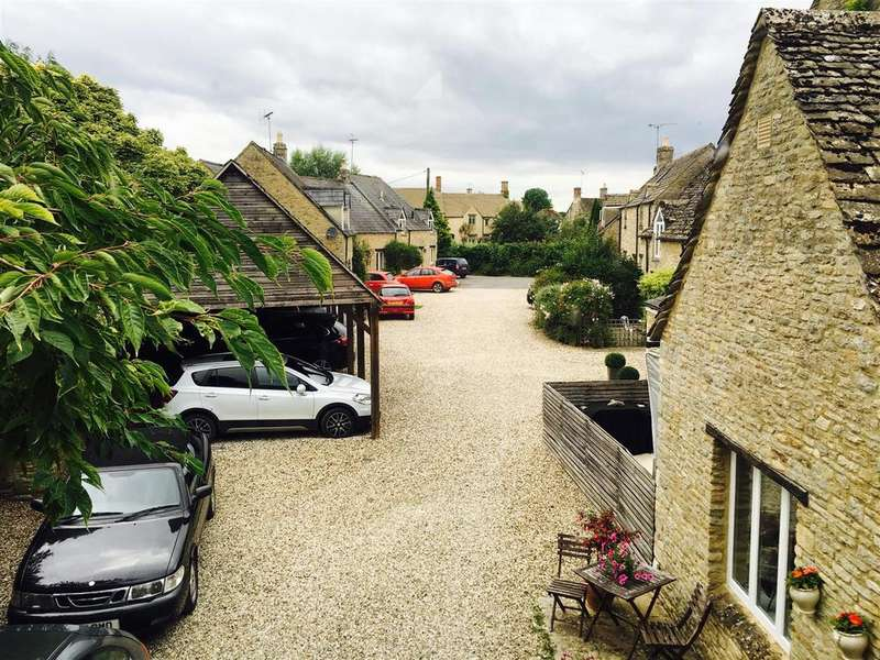 2 Bedrooms Apartment Flat for sale in Fairford