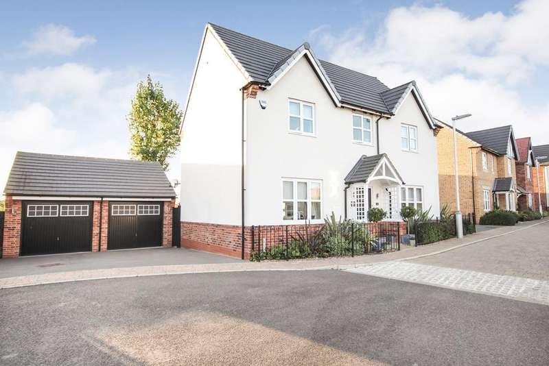 4 Bedrooms Detached House for sale in Wilson Close, Shillington , SG5