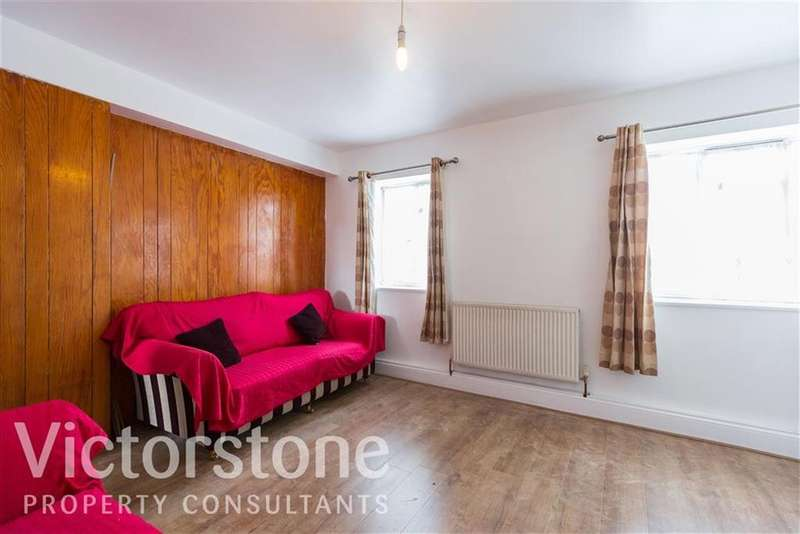 3 Bedrooms Flat for sale in Ben Jonson Road, Stepney, London