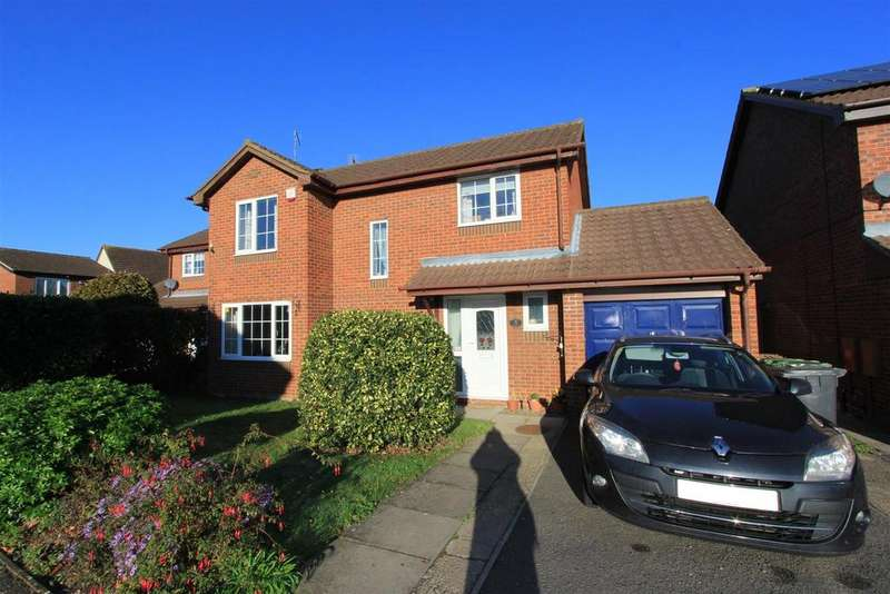 4 Bedrooms Detached House for sale in Barbers Hill, Werrington, Peterborough