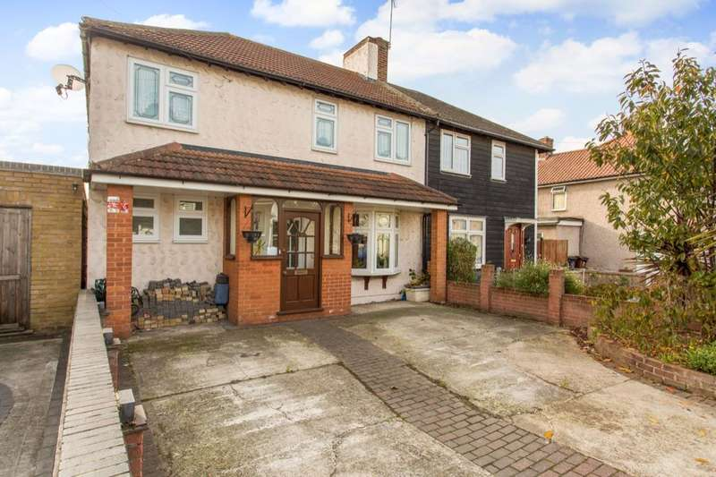 4 Bedrooms Semi Detached House for sale in Pettits Road, Dagenham, RM10