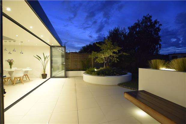 4 Bedrooms Semi Detached House for sale in Beeches Road, Charlton Kings, Cheltenham, Gloucestershire