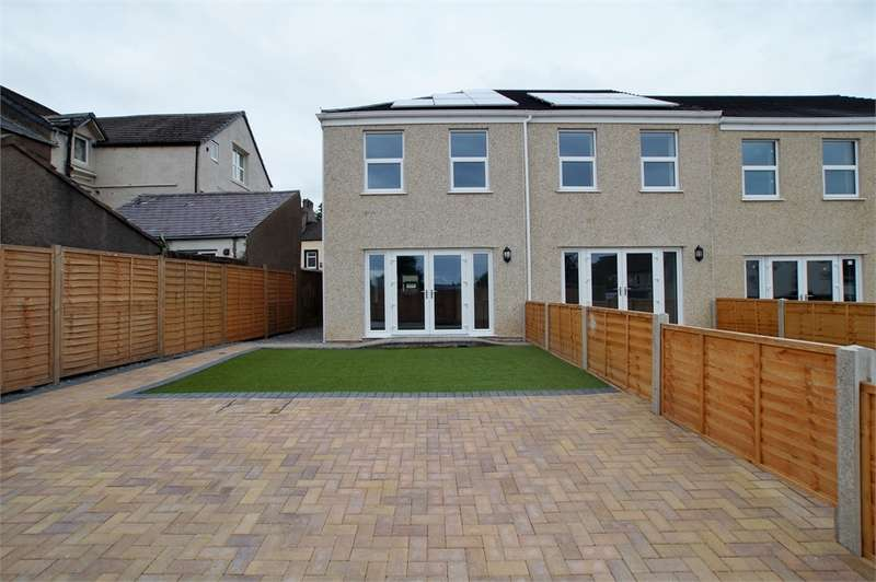 2 Bedrooms Terraced House for sale in CA25 5LQ Chapel Terrace, Ennerdale Road, Cleator Moor, Cumbria