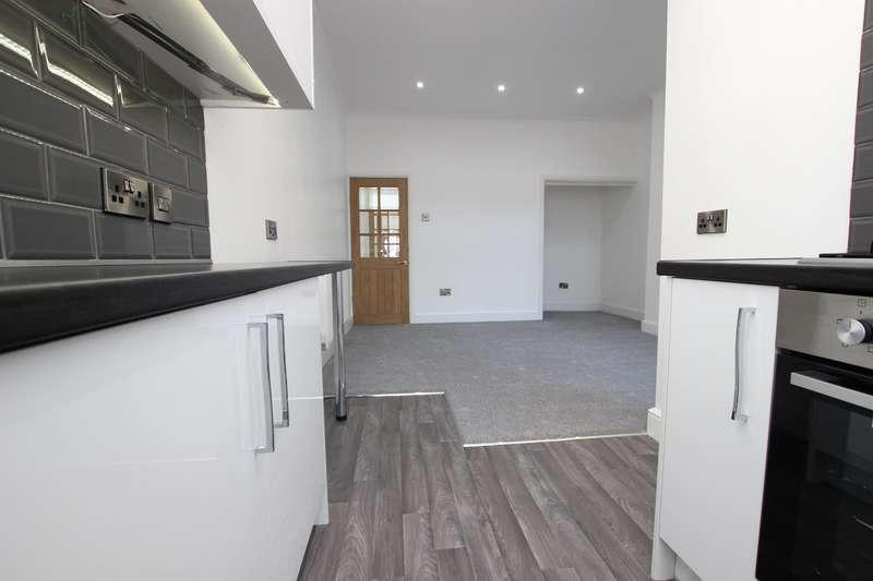 2 Bedrooms Terraced House for sale in Sandon Street, Darwen, BB3 3DB