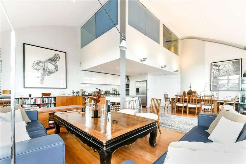 2 Bedrooms Penthouse Flat for sale in Canal Building, 135 Shepherdess Walk, Islington, London, N1