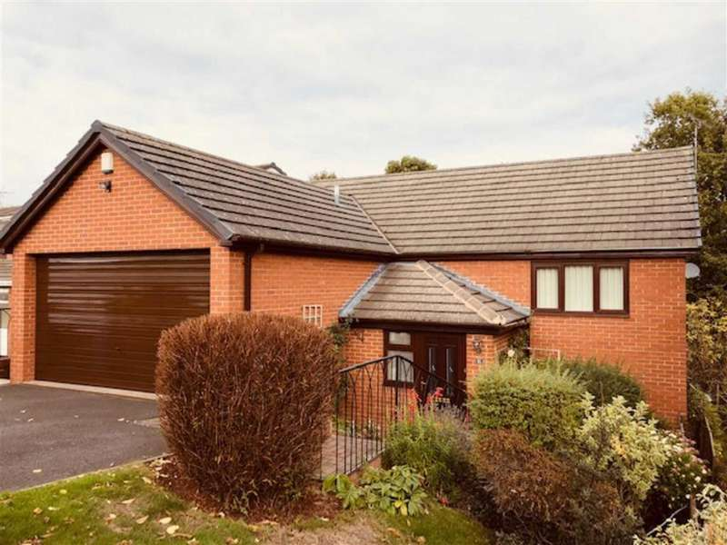 4 Bedrooms Detached House for sale in Ffordd Mailyn, Wrexham