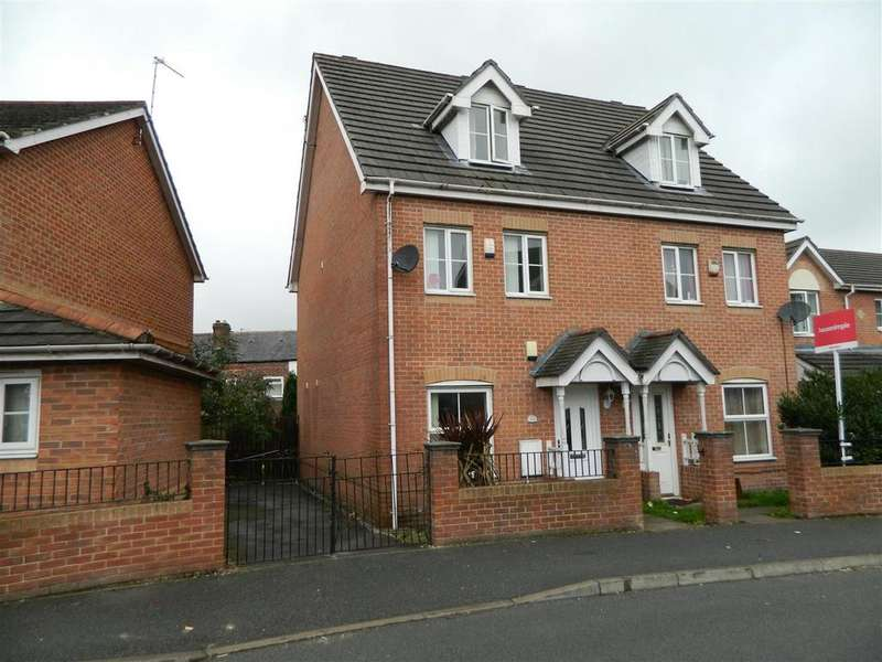3 Bedrooms Town House for sale in Leegrange Road, Manchester