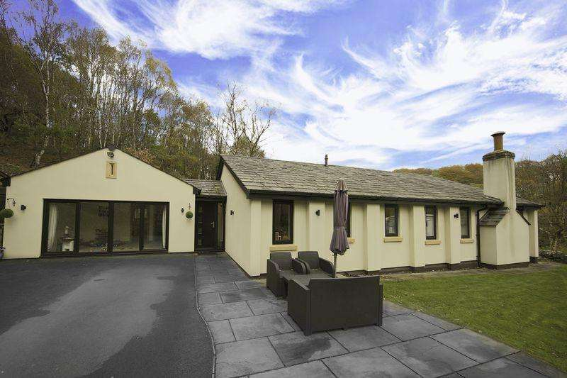 4 Bedrooms Detached House for sale in Gelder Clough, Ashworth Valley, Lancashire