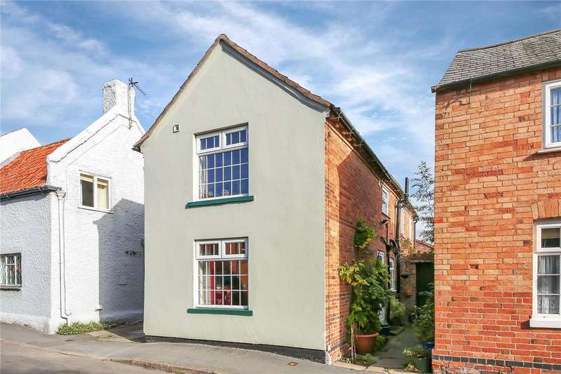 3 Bedrooms Semi Detached House for sale in Clay Street, Wymeswold, Loughborough