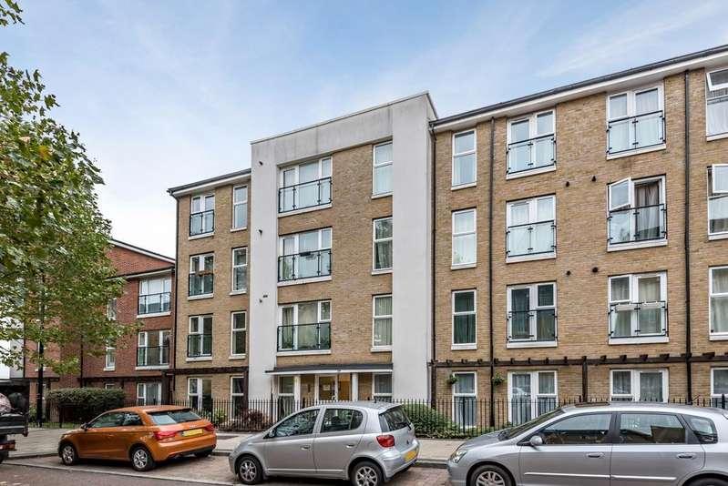 2 Bedrooms Flat for sale in Chandler Way Peckham SE15