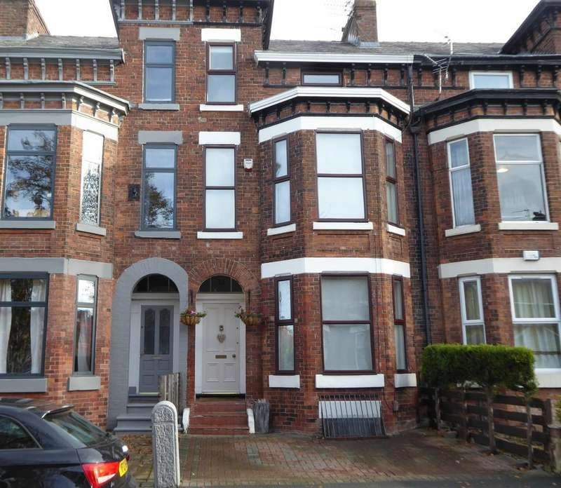 5 Bedrooms Semi Detached House for sale in 34 Keppel Road