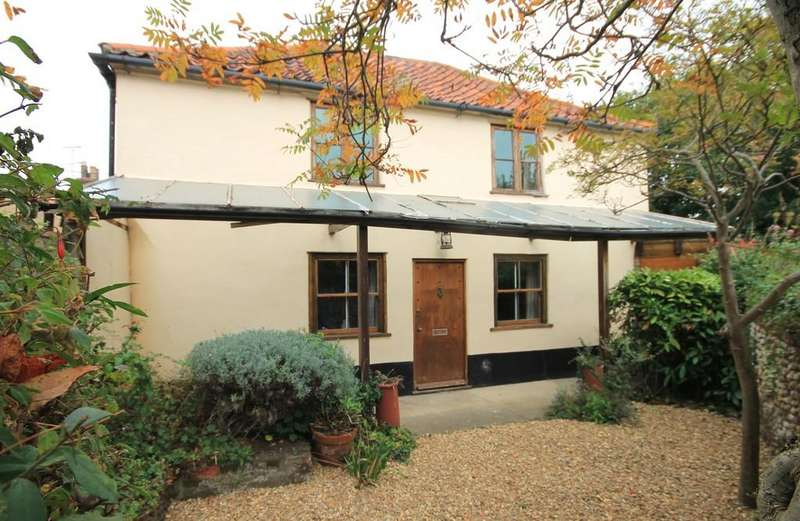 2 Bedrooms Link Detached House for sale in Jolly Sailor Yard, Wells-next-the-Sea