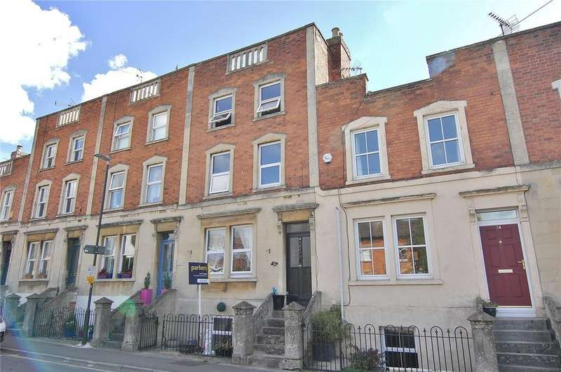 4 Bedrooms Terraced House for sale in Regent Street, Stonehouse, Gloucestershire, GL10