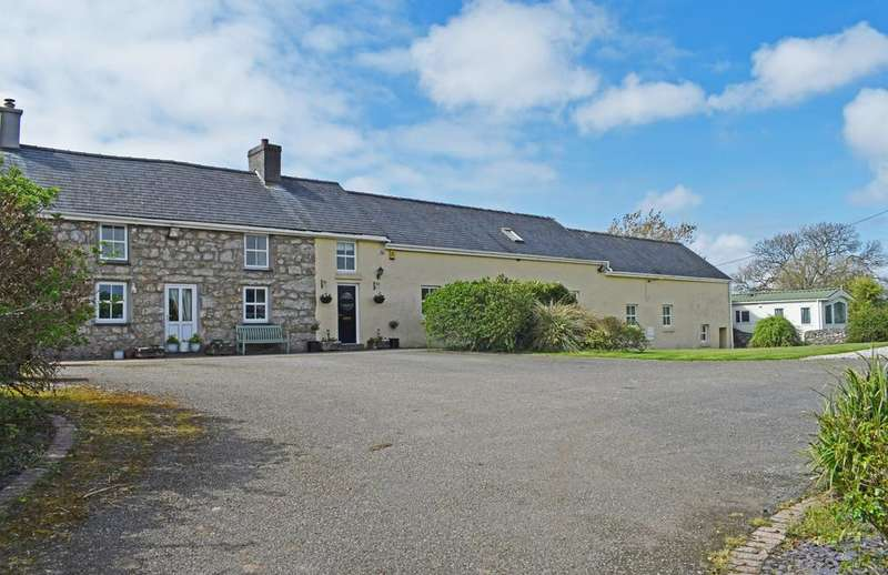 6 Bedrooms Detached House for sale in Talwrn ANGLESEY