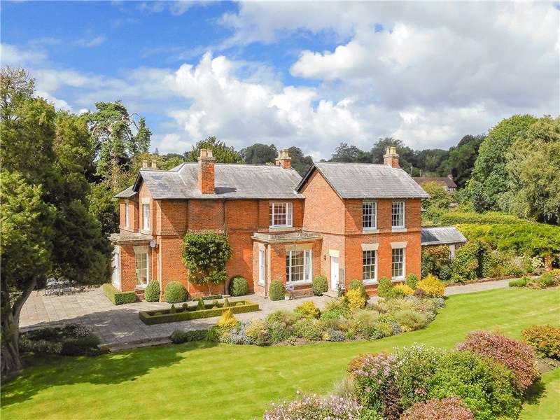 6 Bedrooms Land Commercial for sale in Knowl Hill Common, Knowl Hill, Maidenhead, Berkshire, RG10