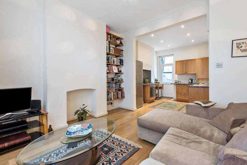 2 Bedrooms Flat for sale in Bonnington Square, Vauxhall