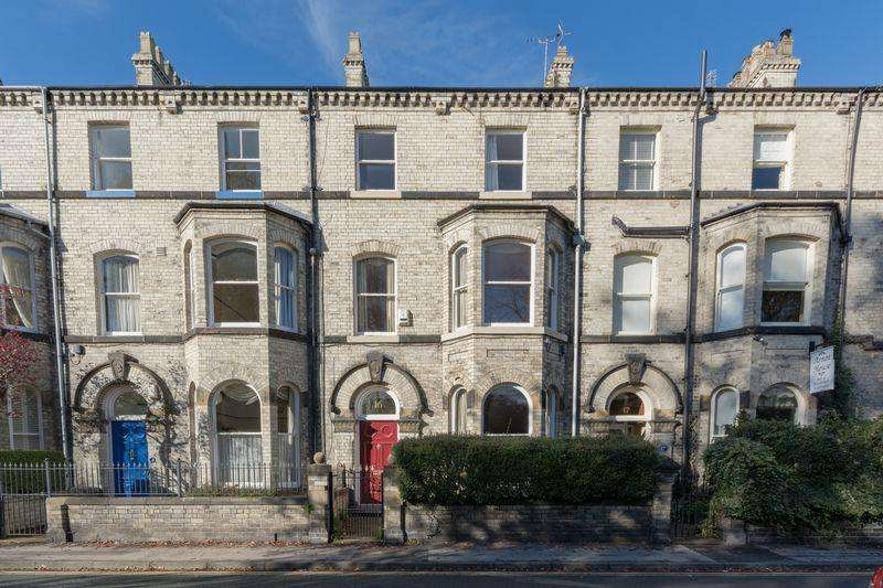 5 Bedrooms Terraced House for sale in Grosvenor Terrace, York