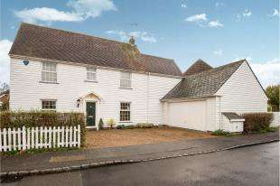 4 Bedrooms Detached House for sale in Haymakers Lane, Chartfields Hamlet, Ashford, Kent