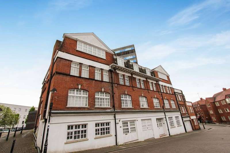 Studio Flat for sale in Lansdowne Hill, Southampton, SO14