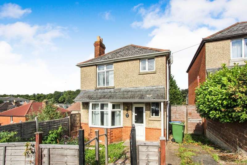 3 Bedrooms Detached House for sale in Norham Avenue, Shirley, Southampton, SO16