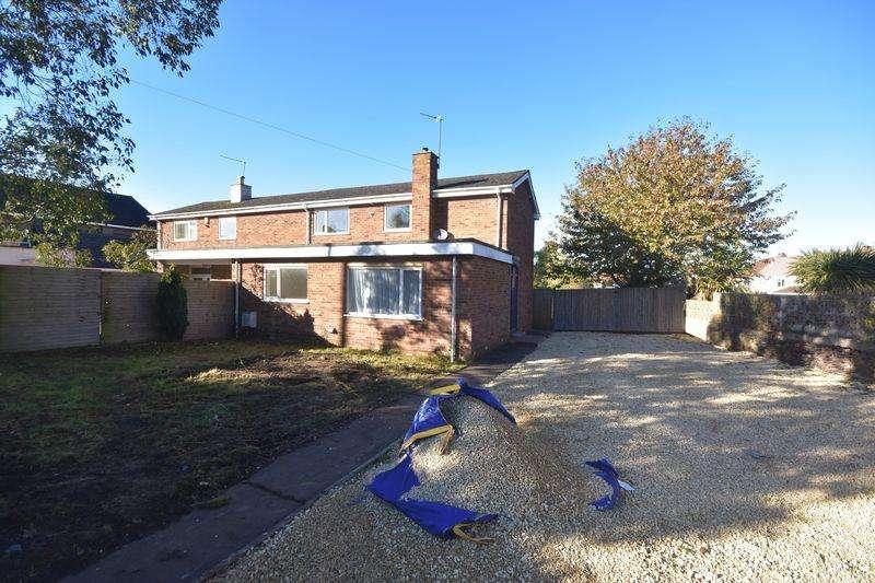 4 Bedrooms Semi Detached House for sale in Cossham Street Mangotsfield