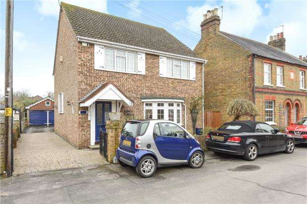 5 Bedrooms Detached House for sale in Inkerman Road, Eton Wick, Windsor