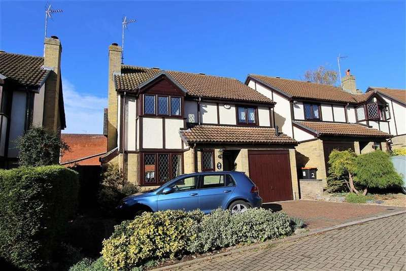 4 Bedrooms Detached House for sale in Vicarage Gardens, Leighton Buzzard