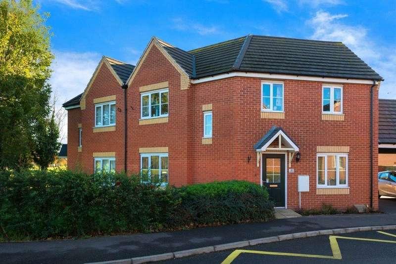 3 Bedrooms Semi Detached House for sale in Brooklands Way, Bourne, PE10