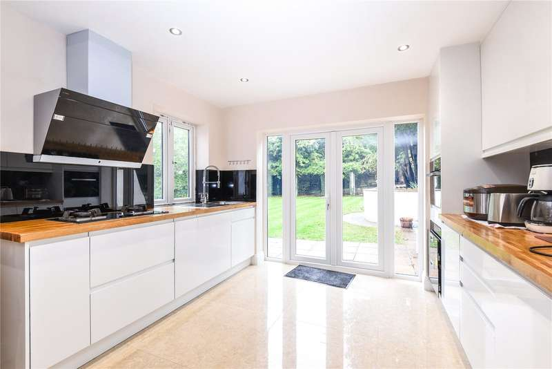 6 Bedrooms Detached House for sale in Kerry Avenue, Stanmore, Middlesex, HA7