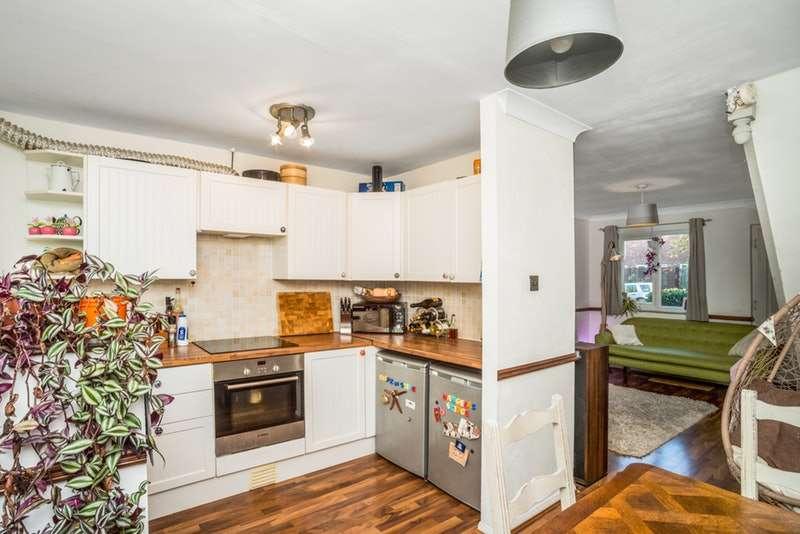 2 Bedrooms Terraced House for sale in Field Lane, Milton Keynes, Buckinghamshire, MK12