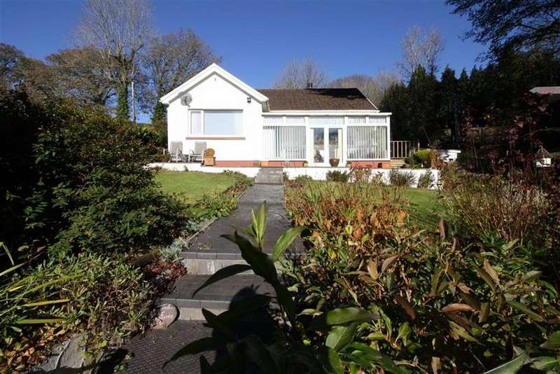 3 Bedrooms Detached Bungalow for sale in Cwmynysminton Road, Llwydcoed, Aberdare, Mid Glamorgan